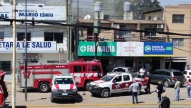 Photo of Bomberos controlaron el incendio en la Secretaría de Salud de José C. Paz